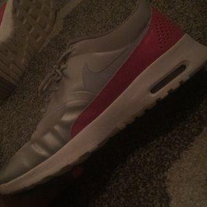 Nike Shoes - Nike women shoes